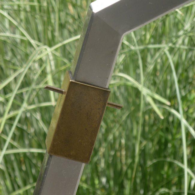 Waterornament en brug - detail messing sok