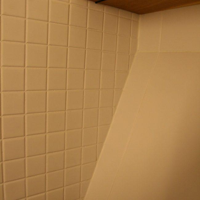 Toiletrenovatie - ruimte rondom plank